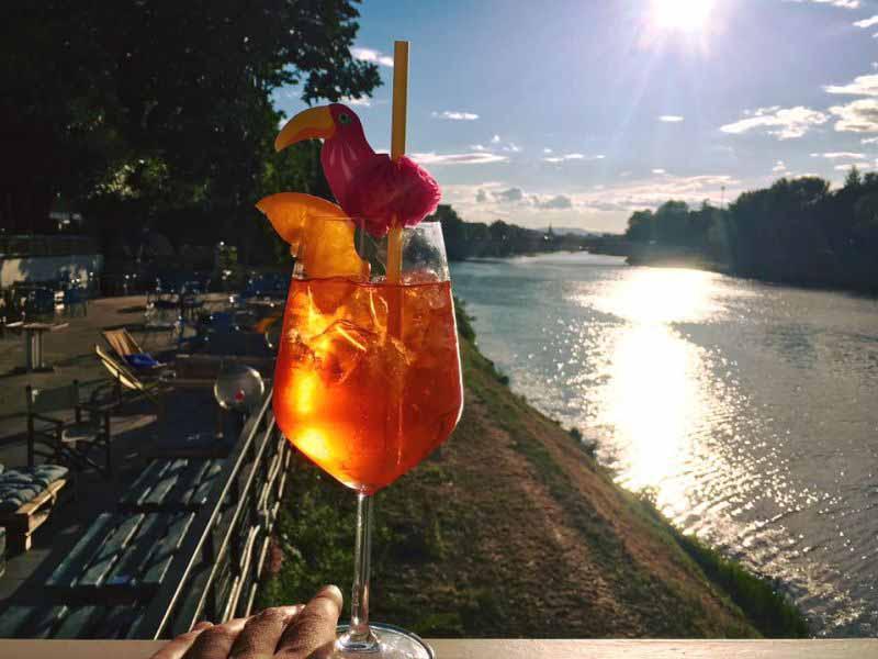 Aperitivo all'aperto Firenze estate 2018