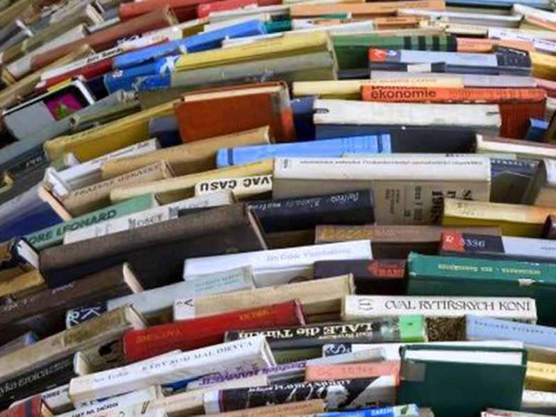 isolotto riapre il mercatino dei libri scolastici usati