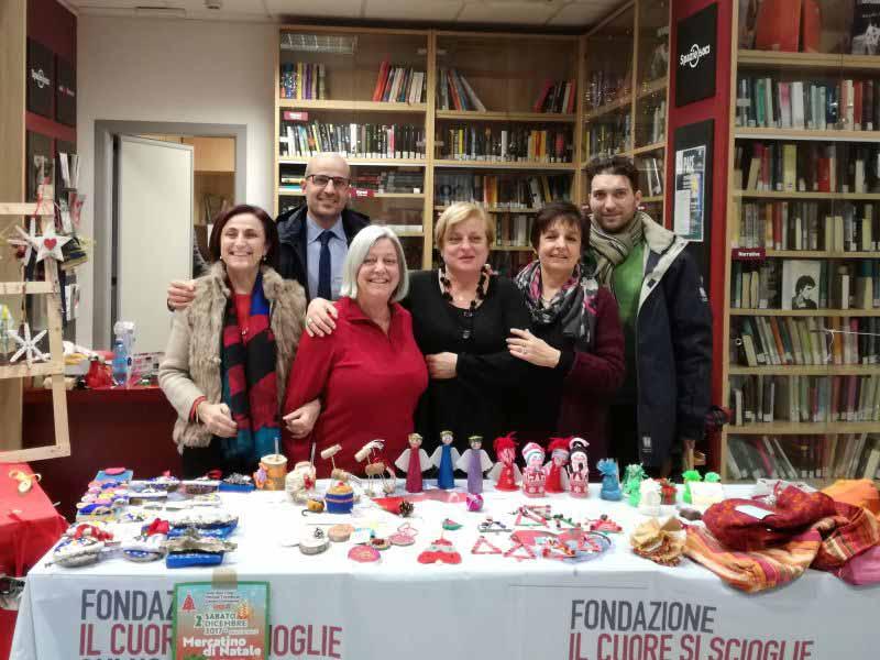Mercatino natale scuola Botticelli Firenze