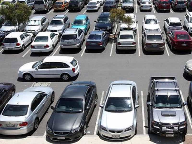 ''Parcheggi gratis per tutti i residenti senza distizione di quartiere'', la proposta di Dario Nardella
