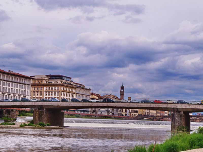 Firenze: lavori a Ponte Vespucci, chiuso per sei mesi per messa in sicurezza. Come cambia la viabilità