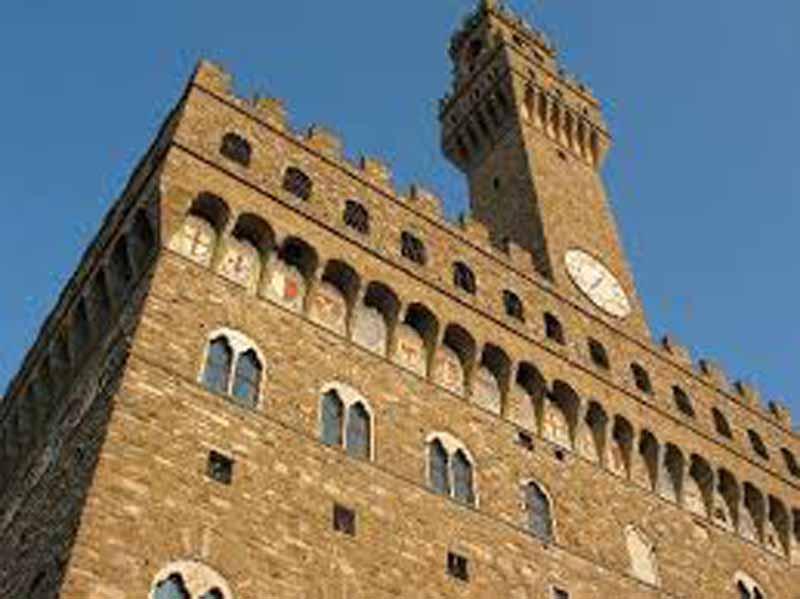 Comune di Firenze, 381 assunzioni nel 2019. In arrivo il concorso per 100 vigili urbani