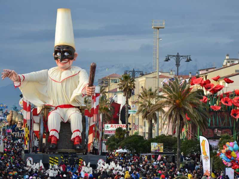 Viareggio carnevale 2019 carri percorsi sfilata