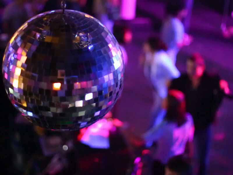 Profilattici gratis discoteca Firenze