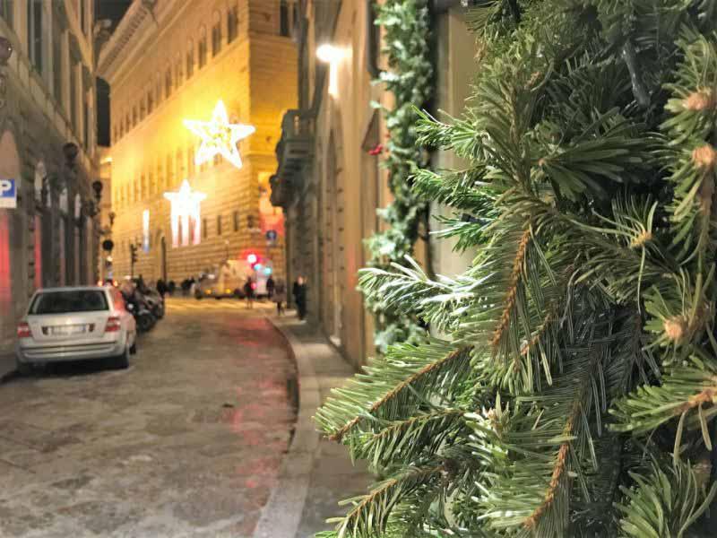 Luci e luminarie Natale a Firenze