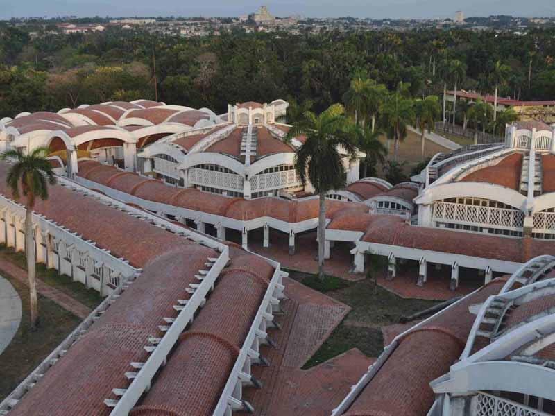 "Cuba: Scuole Nazionali d'Arte. Un sueño a mitad"""