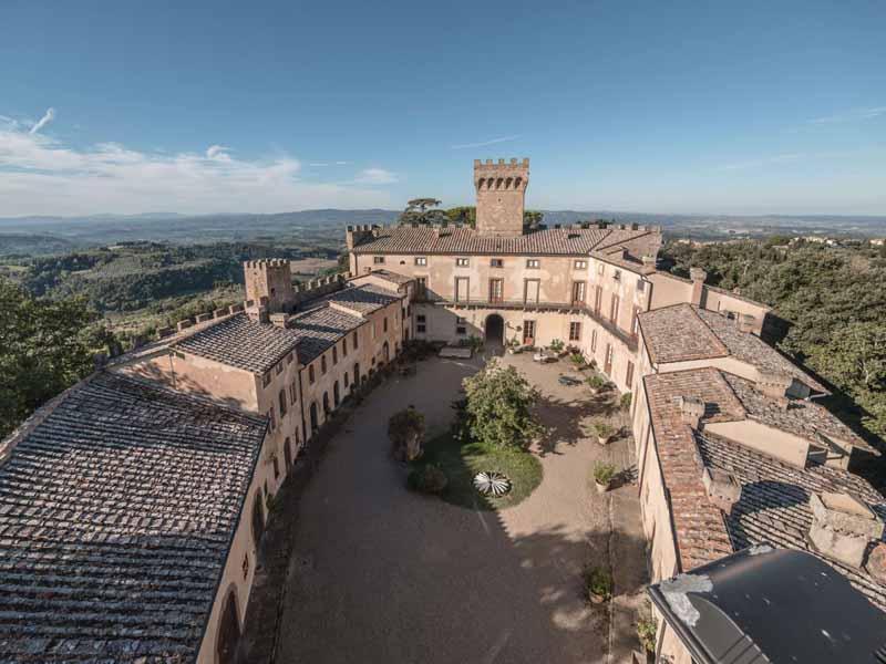 Castelli in toscana dimore de luxe vendesi online for Dimore milano vendita