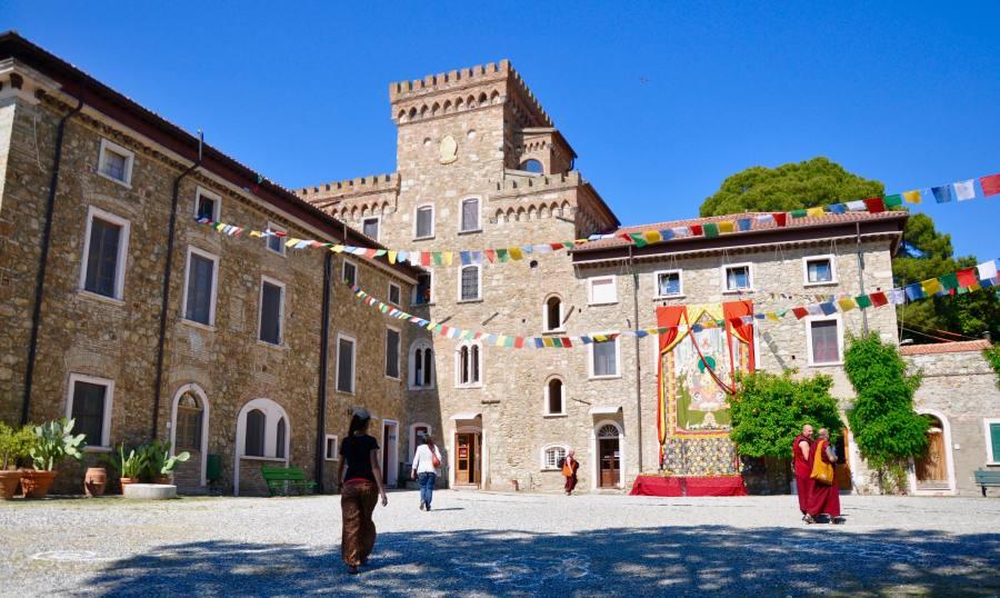 Centro buudista Pomaia Toscana