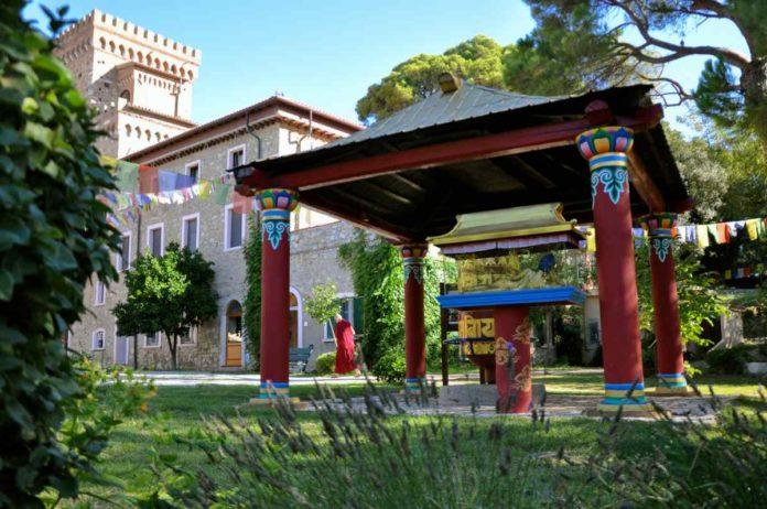 Centro buddista Pomaia Pisa - Istituto Lama Tzong Khapa