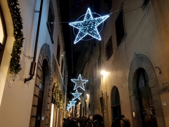 Luminarie Firenze via Belle donne