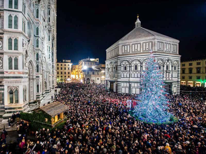 Albero Natale Duomo Firenze luci