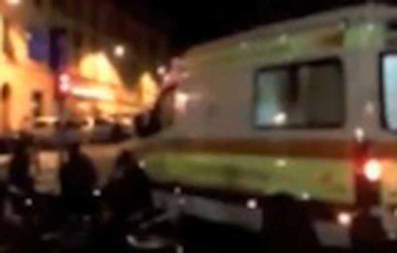 Sant'Ambrogio, arriva l'ambulanza ma il pilomat non si abbassa – VIDEO