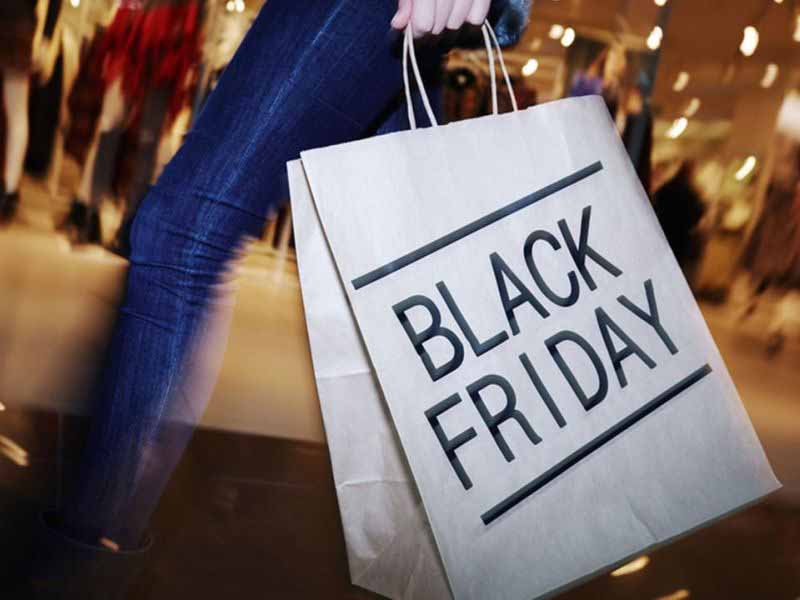 Shopping Black Friday sconti saldi