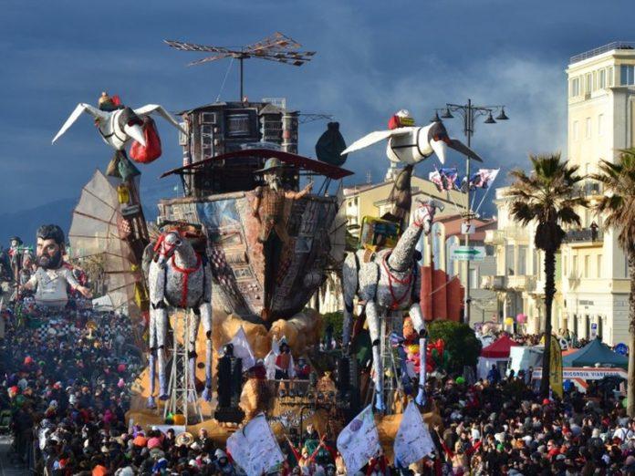 Calendario Carnevale Viareggio 2020.Il Programma Della Prima Sfilata Del Carnevale Di Viareggio 2019