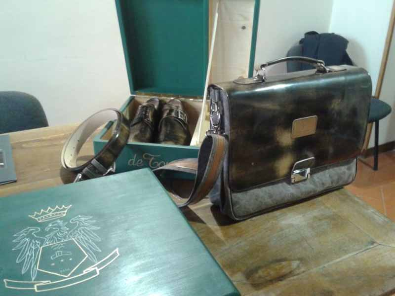 watch 7ac0c e9490 Alta moda in cooperativa: a Pitti le calzature de Tommaso / FOTO