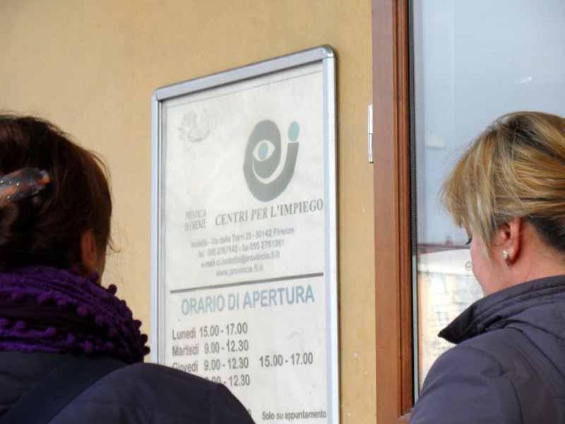 Cercare lavoro in Toscana - centro per l'impiego. Foto Il Reporter