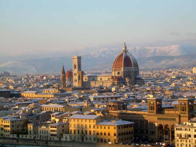 Neve a Firenze nevicate a Firenze norme di comportamento chi deve togliere neve da marciapiedi