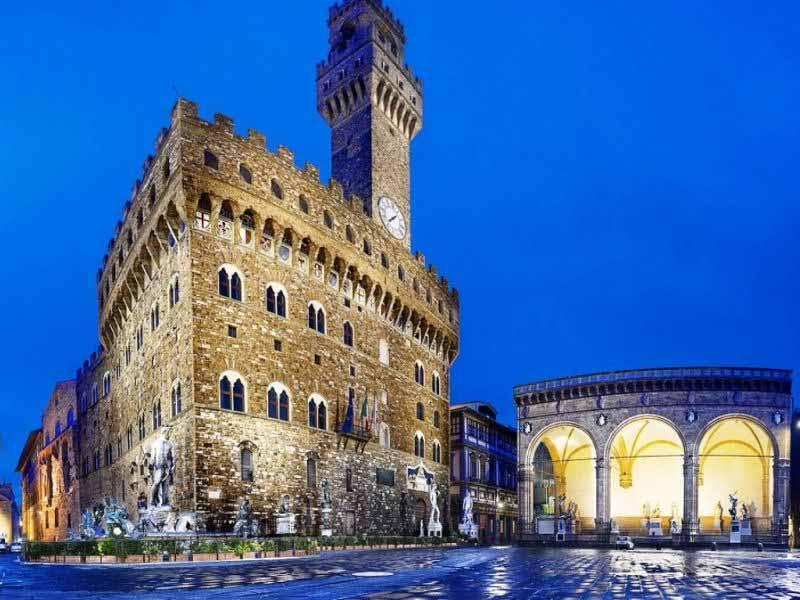 Palazzo Vecchio notte museo Firenze