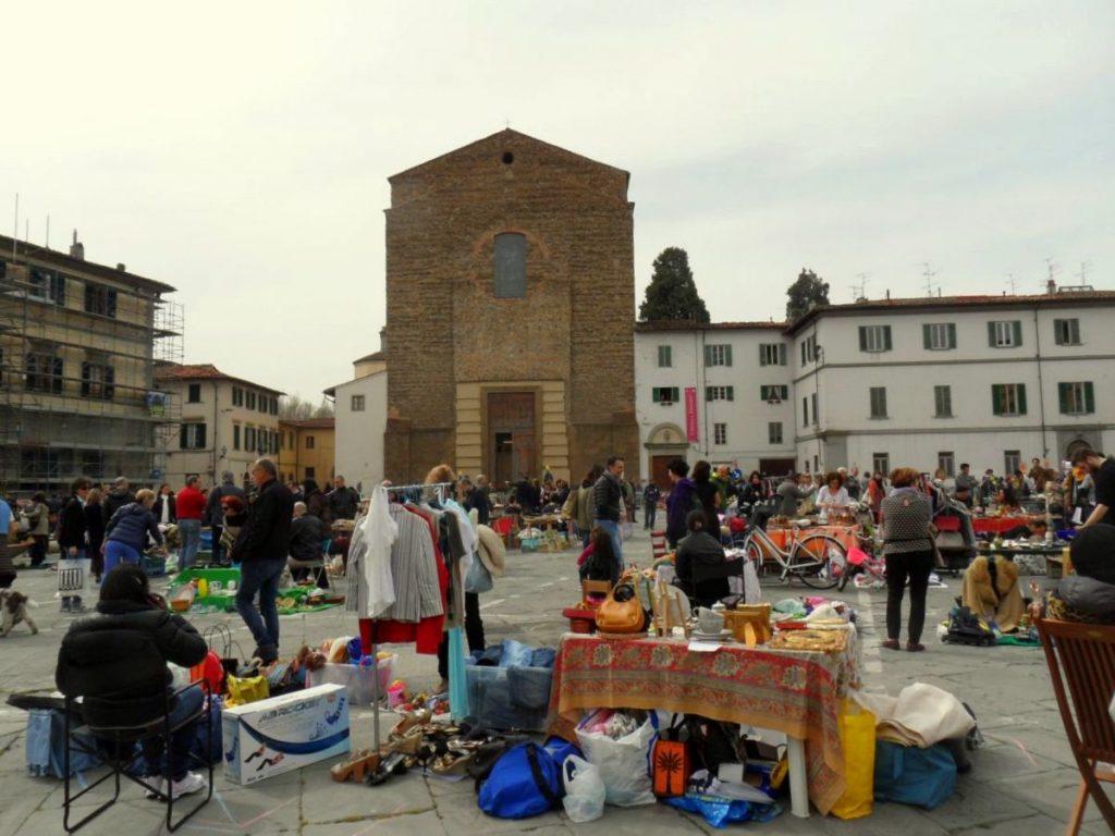 Svuota cantine Firenze - mercatino Piazza Cantina