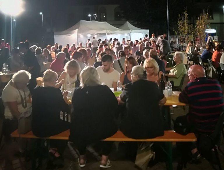 Festa in piazza Gualfredotto