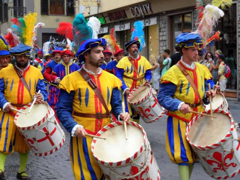 Scoppio carro Firenze 2018 - significato origini percorso corteo storico