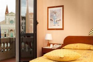 Da domani la camera con vista si paga 1 euro in più. Il 13 ...