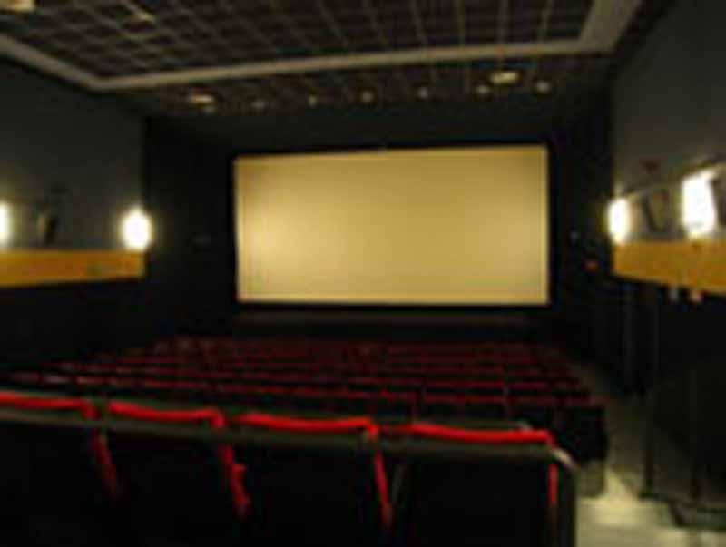 Cinema: assalto alle tessero sconto. Il dietrofront dei piccoli