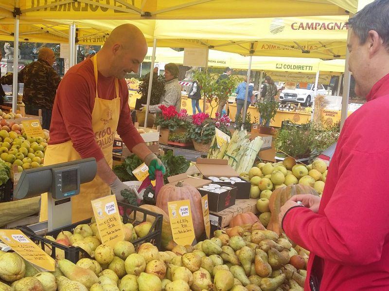 mercato campagna amica Coldiretti Cascine