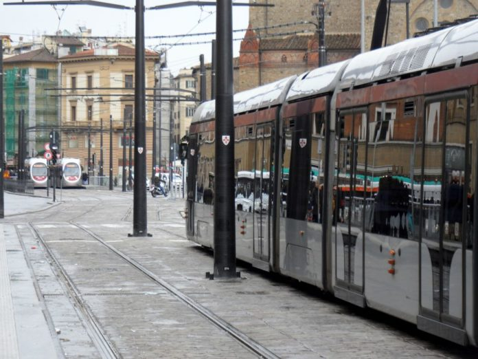 Tramvia Firenze negozi