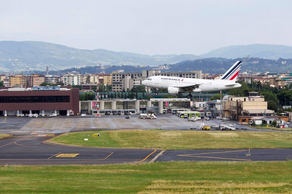 Aeroporto Firenze progetto pista parallela storia