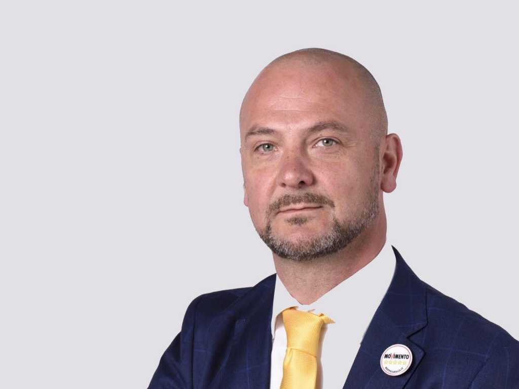 Elezioni Firenze, De Blasi è il candidato del M5S