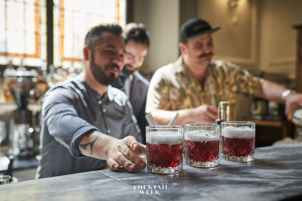 Florence cocktail week Negroni 100 anni