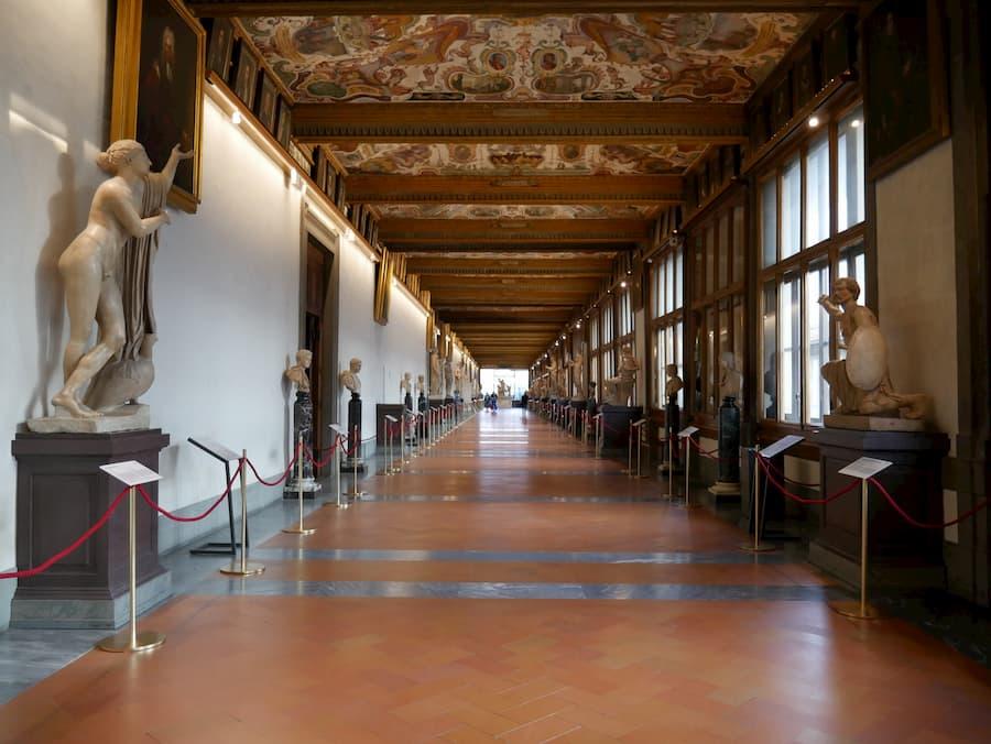 Uffizi notte musei Firenze fine settimana 18 19 maggio
