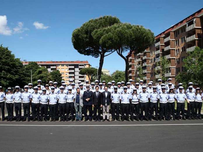 Sicurezza 53 nuovi vigili urbani a Firenze