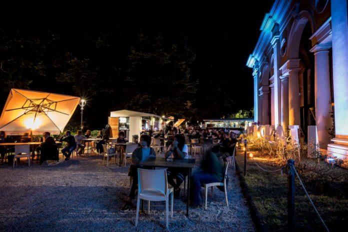 Locali estivi spazi all'aperto aperti Firenze 2020 Limonaia Villa Strozzi