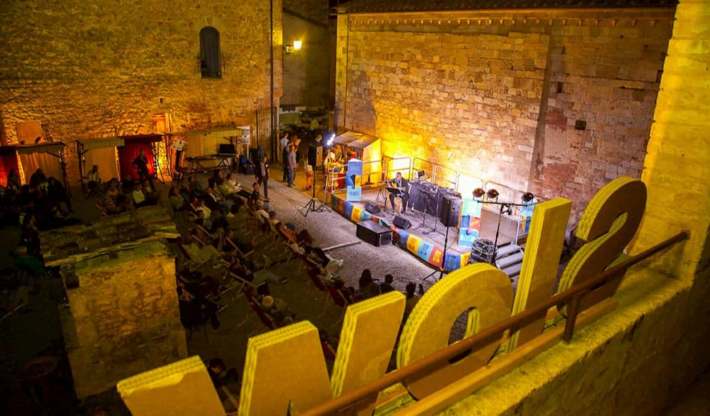 Concerti Slow Travel Fest monteriggioni Walks and talks