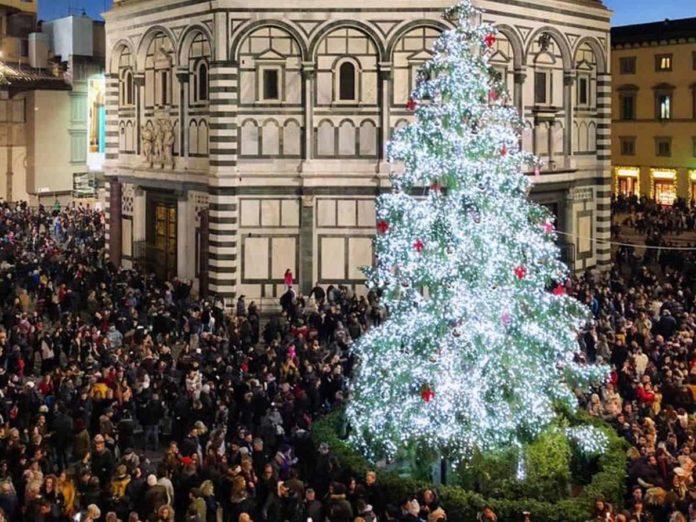 Albero Di Natale 8 Dicembre.Eventi A Firenze Cosa Fare Nel Weekend Dell Immacolata 6 7 8 Dicembre