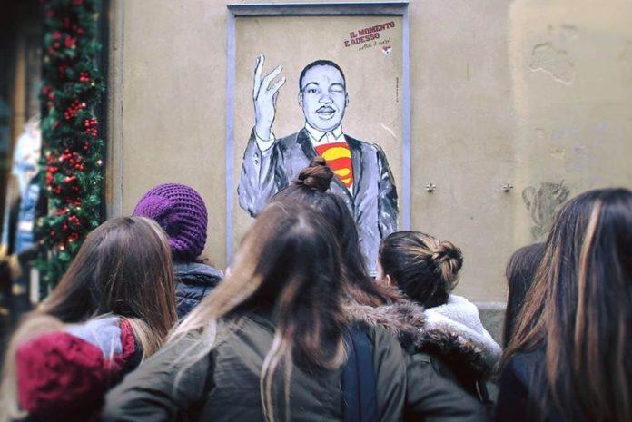 Martin Luther King Firenze Street art LeDiesis Cuore si scioglie