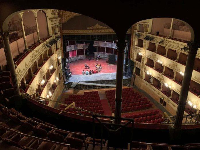 Teatro Pergola Firenze Capodanno spettacolo