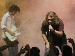 """Esce """"Un salto nel vuoto"""", il nuovo singolo di Andrea Pacini: """"racconto il coraggio che serve nei momenti più bui"""". Ecco il video"""