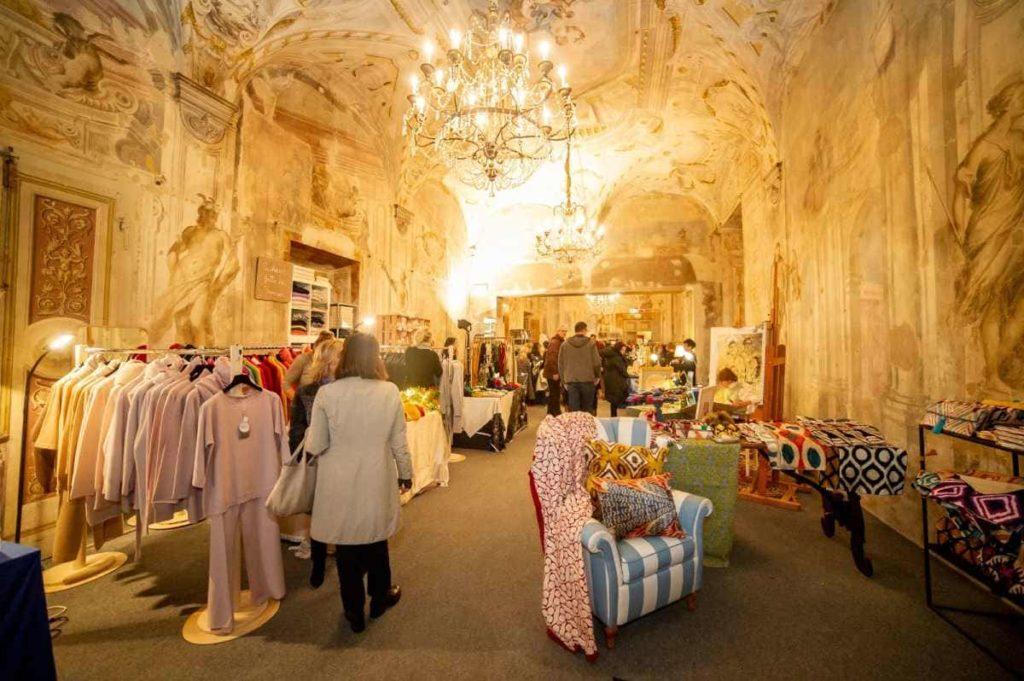 mercato Natale per File Palazzo Corsini firenze