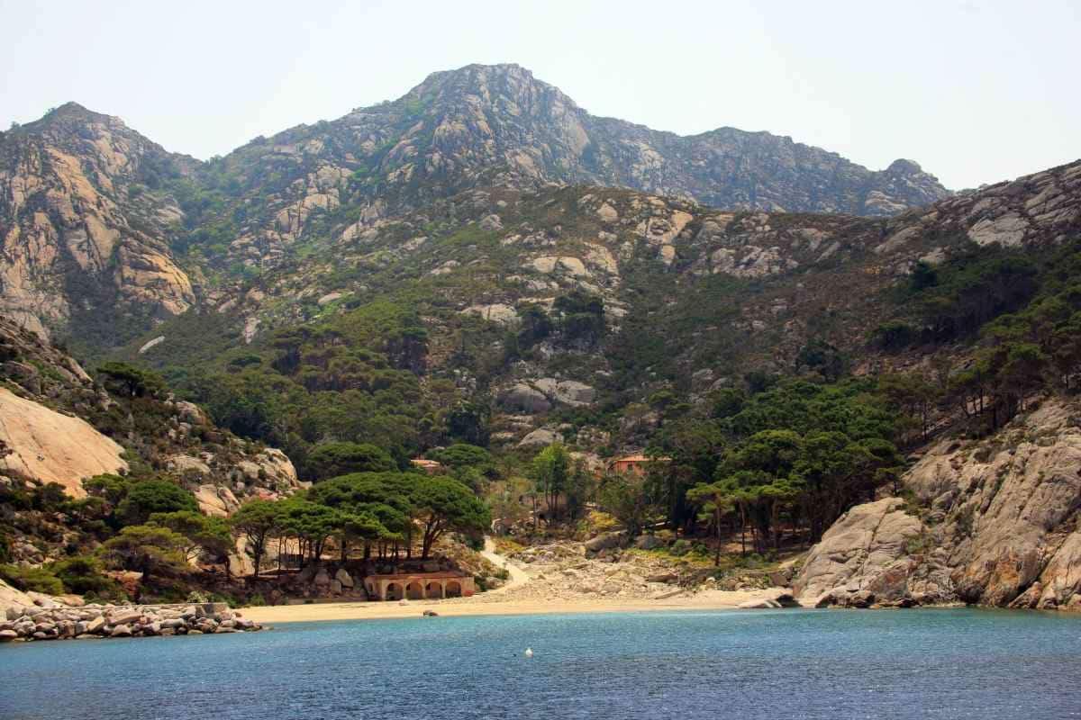 Isola Montecristo visite escursioni prenotazioni