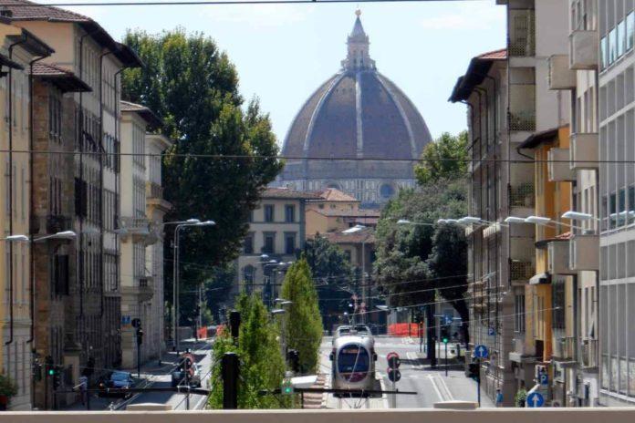 Tramvia Firenze compleanno