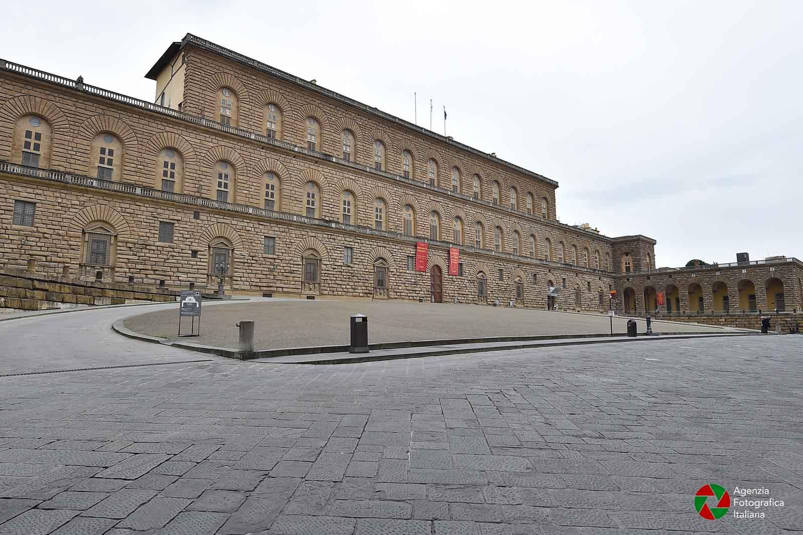 Firenze deserta nei giorni del coronavirus: le foto