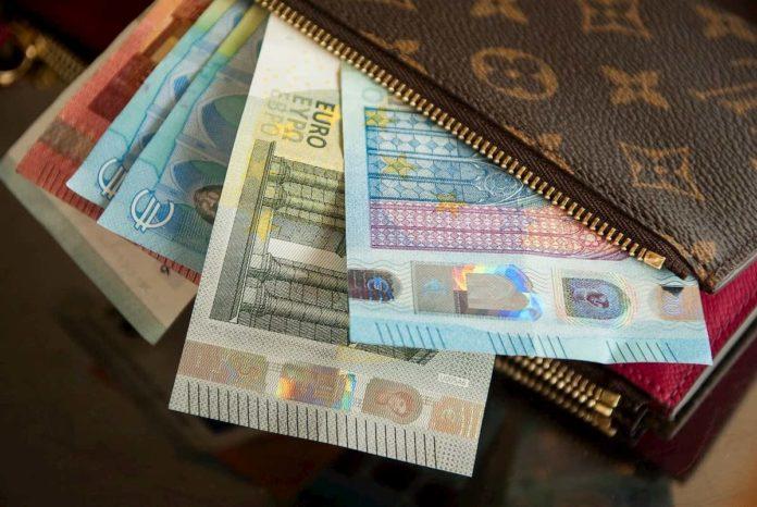 bonus coronavirus a chi spetta 100 600 euro buoni spesa