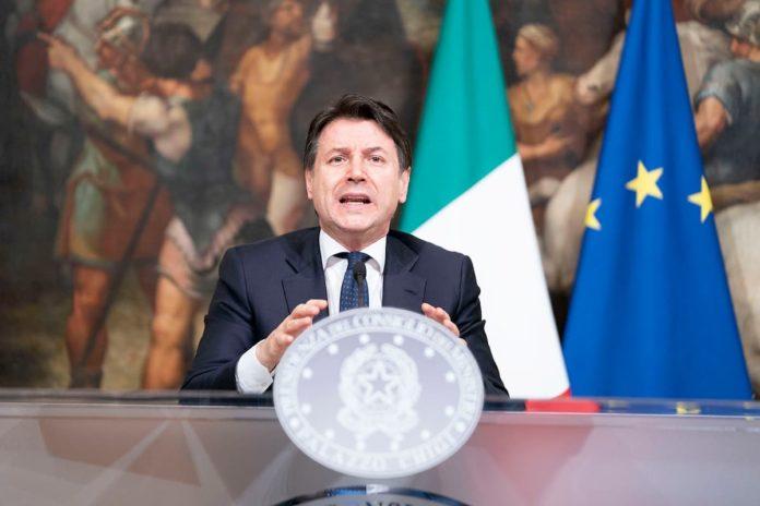 Conte conferenza stampa diretta live Palazzo Chigi