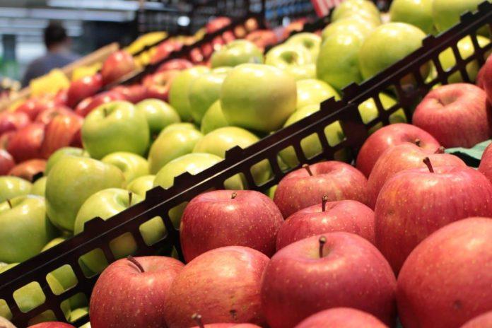 supermercati negozi chiusi aperti 25 aprile 1° maggio