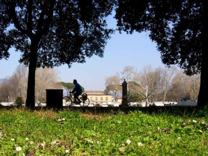 giardini parchi Firenze cascine chiusi coronavirus riapertura