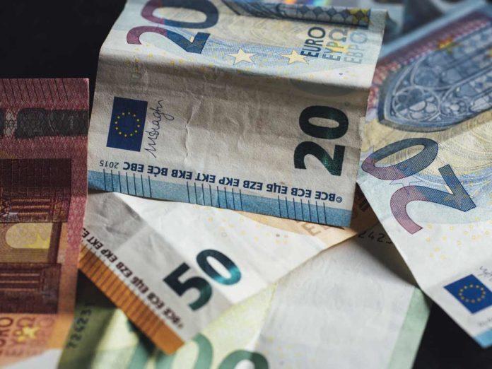 Coronavirus, il bonus partite Iva e autonomi sale a 800 euro?