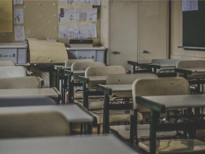 Il decreto scuola 8 aprile 2020, testo in pdf: novità su esami di terza media, maturità, tutti promossi gli altri studenti